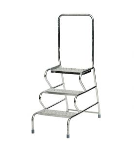 GPC 3 Step Fort Stable Step Galvanized Finish With Handrail