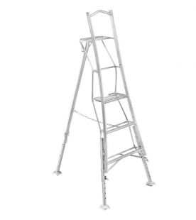 Henchman 0.90m / 3 Tread Platform Tripod Ladder - Fully 3 Leg Adjustable