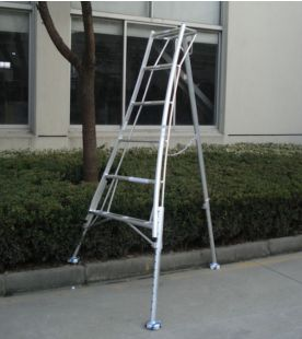 Hendon 3 Leg Adjustable Aluminium Tripod Ladders