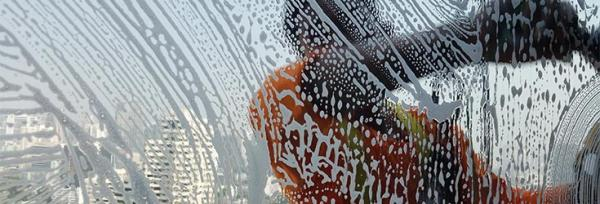 Key Steps To Window Cleaning Safely In Winter