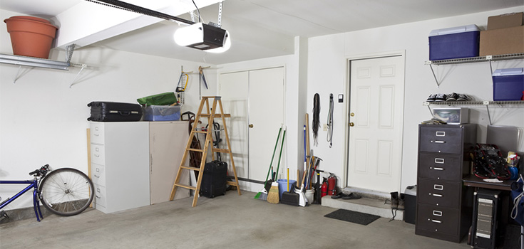 tidy up garage space